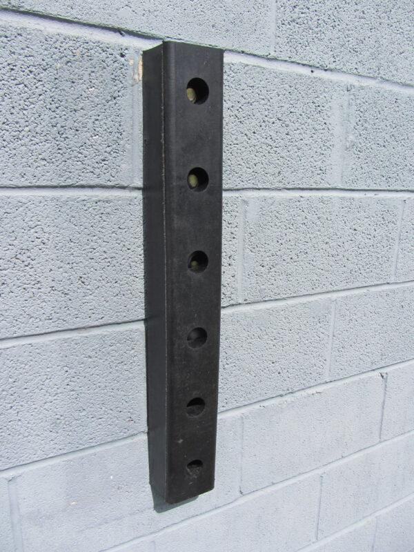 A016 Dock Bumper